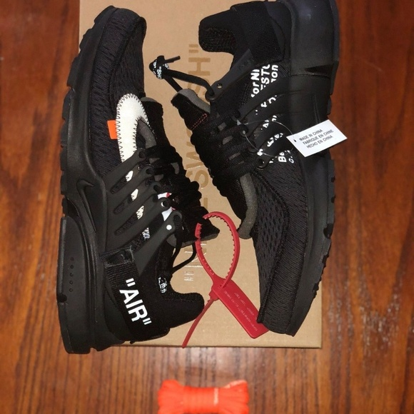 245fe0c1037c5d Nike Air Presto Off white black size 10